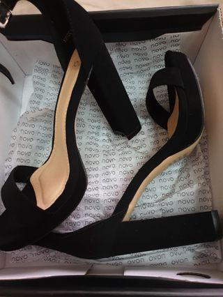 Platform heels suede