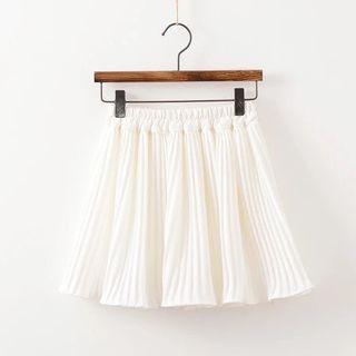 🚚 White Pleated Skirt
