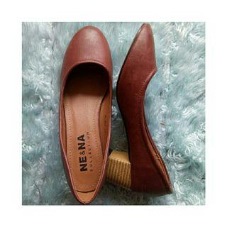Woman heels casual brown