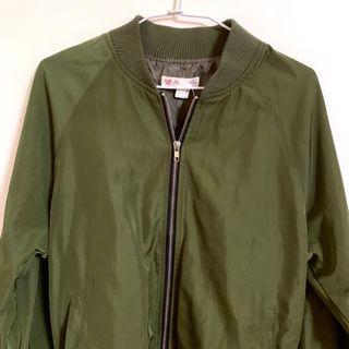 🚚 軍綠風衣外套