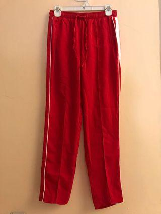Stradivarius red pants S