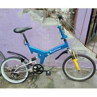 GREAT R. FOLDING BIKE (FREE DELIVERY AND NEGOTIABLE!)