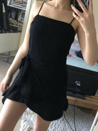 Gorgeous Black Dress with Tie