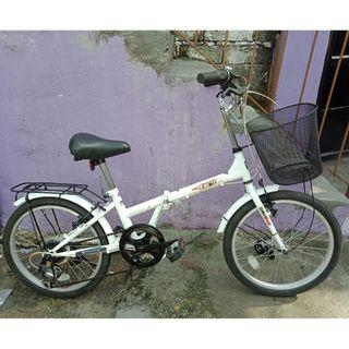 EXCEL FOLDING BIKE (FREE DELIVERY AND NEGOTIABLE!)