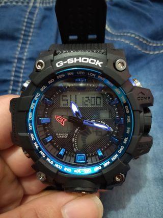 🚚 藍框手錶