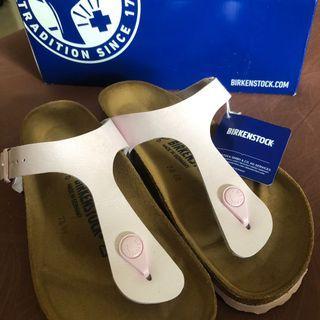 Brand New Birkenstock Gizeh Sandals