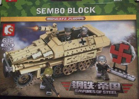 Sembo 101321 German Army Half Track (Not Lego) -  4 soldiers inside