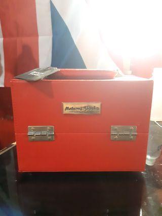 Box makeup kotak kosmetik