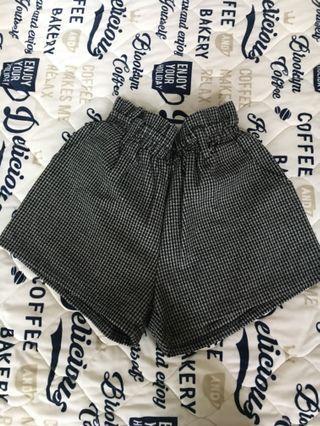 🚚 千格紋短褲