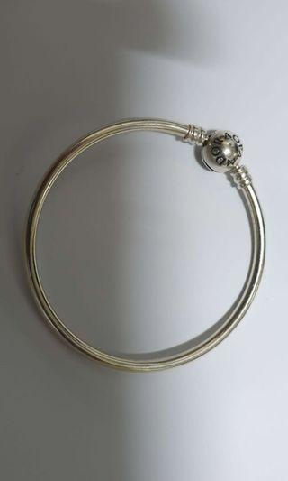 Pandora Bangle 17' inches