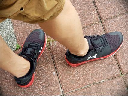 Under Armour 健身運動鞋 us size 10.5