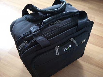 🚚 Brand new business tollery bag (super sales)