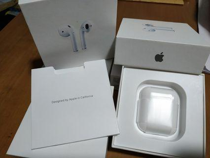Apple Airpods full set with a free case