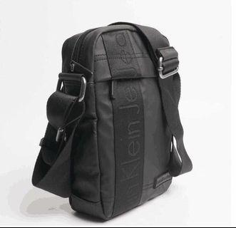 [CK] Calvin Klein Sling Bag (Authentic)