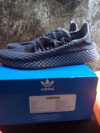 Sepatu adidas derrupt runner size 42 original warna dark blue masih mulus