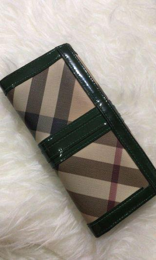 Burberry Wallet auth 💯