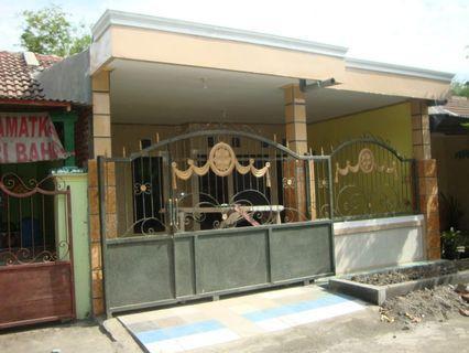 Rumah Taman anggun sejahtera blok H 8/3 kec Tulangan Kel Grabagan Sidoarjo Harga Rp 370. 000.000 Luas Tanah 6 x 15 M2 Luas Bangunan 90 M2 Kamar tidur 3 Kmr Mandi 2 ada Gudang dan Musholla Dapur Ruang tamu Sertifikasi HGB