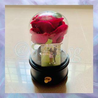Customised Mechanical Music Flower Dome Gift