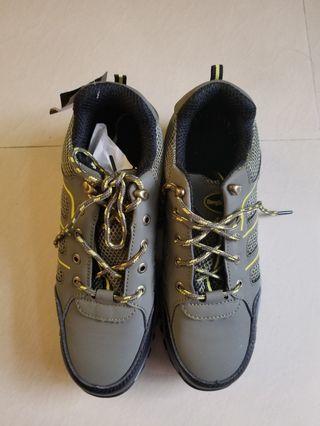 全新鋼頭安全鞋