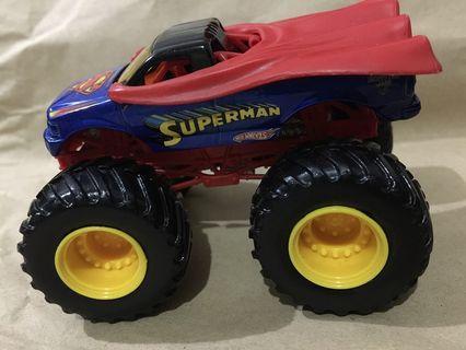 1:64 scale monster jam DC superman