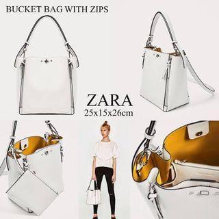 Bucket zips bag