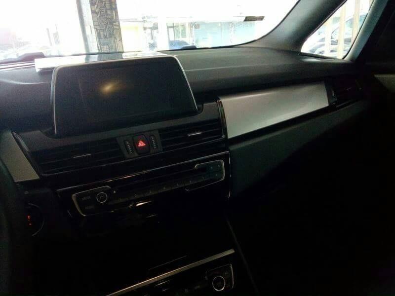 2014年 BMW 218i 1.5 AT 總代理