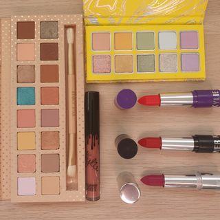 Kylie Cosmetics Eyeshadow Palette & Lipstick Bundle