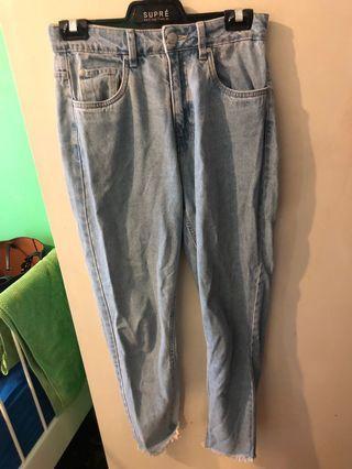 Light demin mom jeans