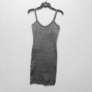全新🌸時尚性感包臀細肩連身裙
