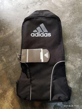 🚚 Adidas Shoe Bag (Standard Charted Bank Print)