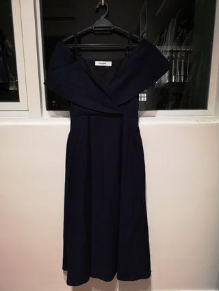 The editor's market navy blue linen dress
