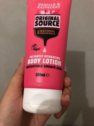 Original Source Body Lotion Vanilla & Raspberry (free ongkir jabodetabek)