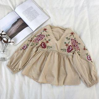 Korean style V collar Embroidery lantern sleeve doll blouse in Apricot