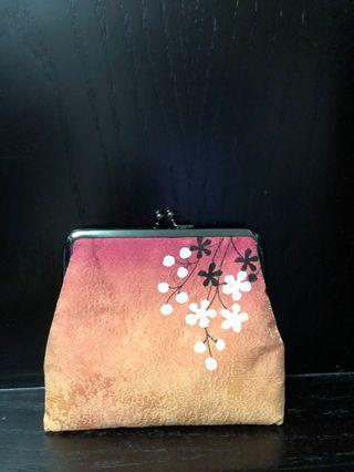 Women cosmetics bag