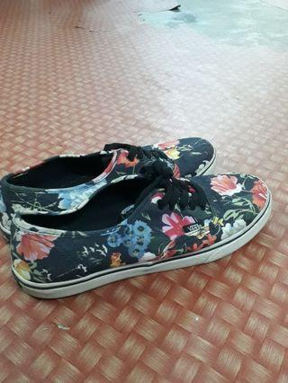 VANZ ' off the wall' printed floral shoe original