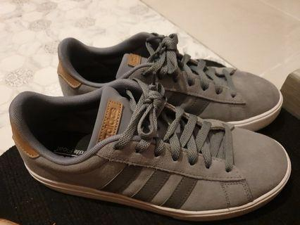 🚚 Adidas shoes from Munich germany