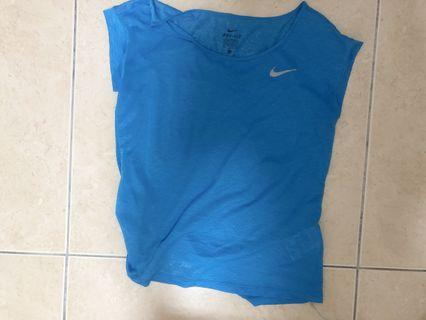 Nike運動上衣 (排汗佳)