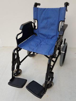 🚚 Lightweight, foldable, detachable wheelchair