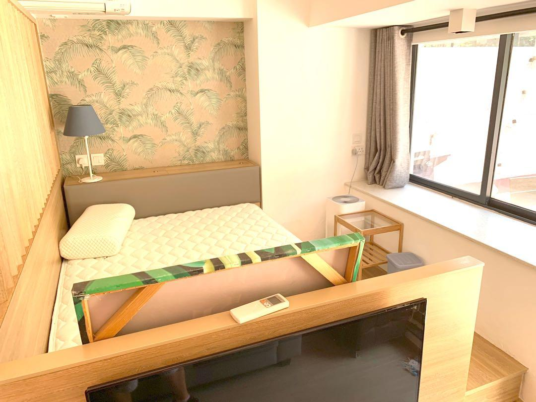 360 sq ft Studio flat with private 1000 sq ft patio for rent, rare!