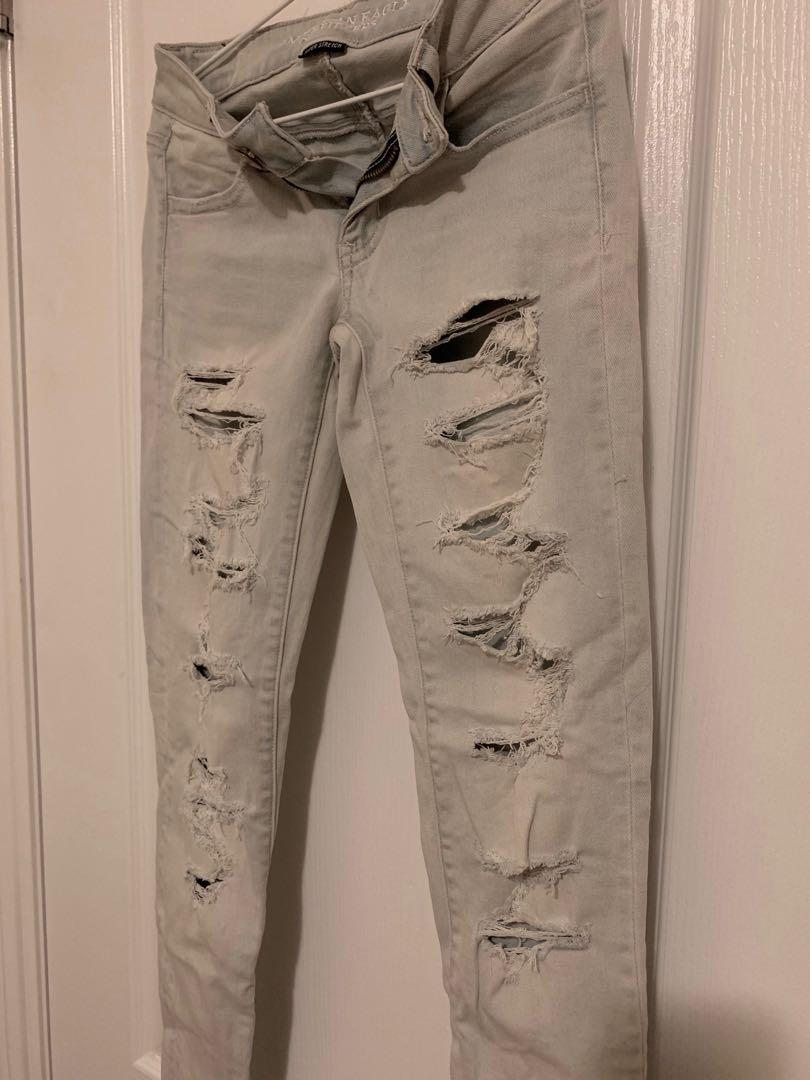 American Eagle Low Rise Light Wash Distressed Jeans