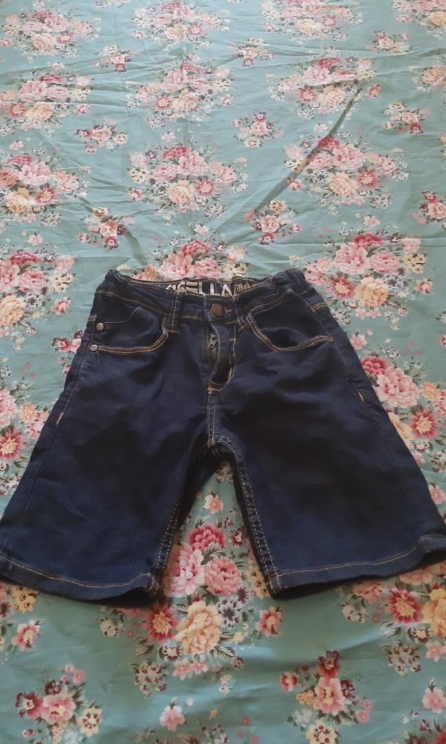 Celana pendek anak cowok