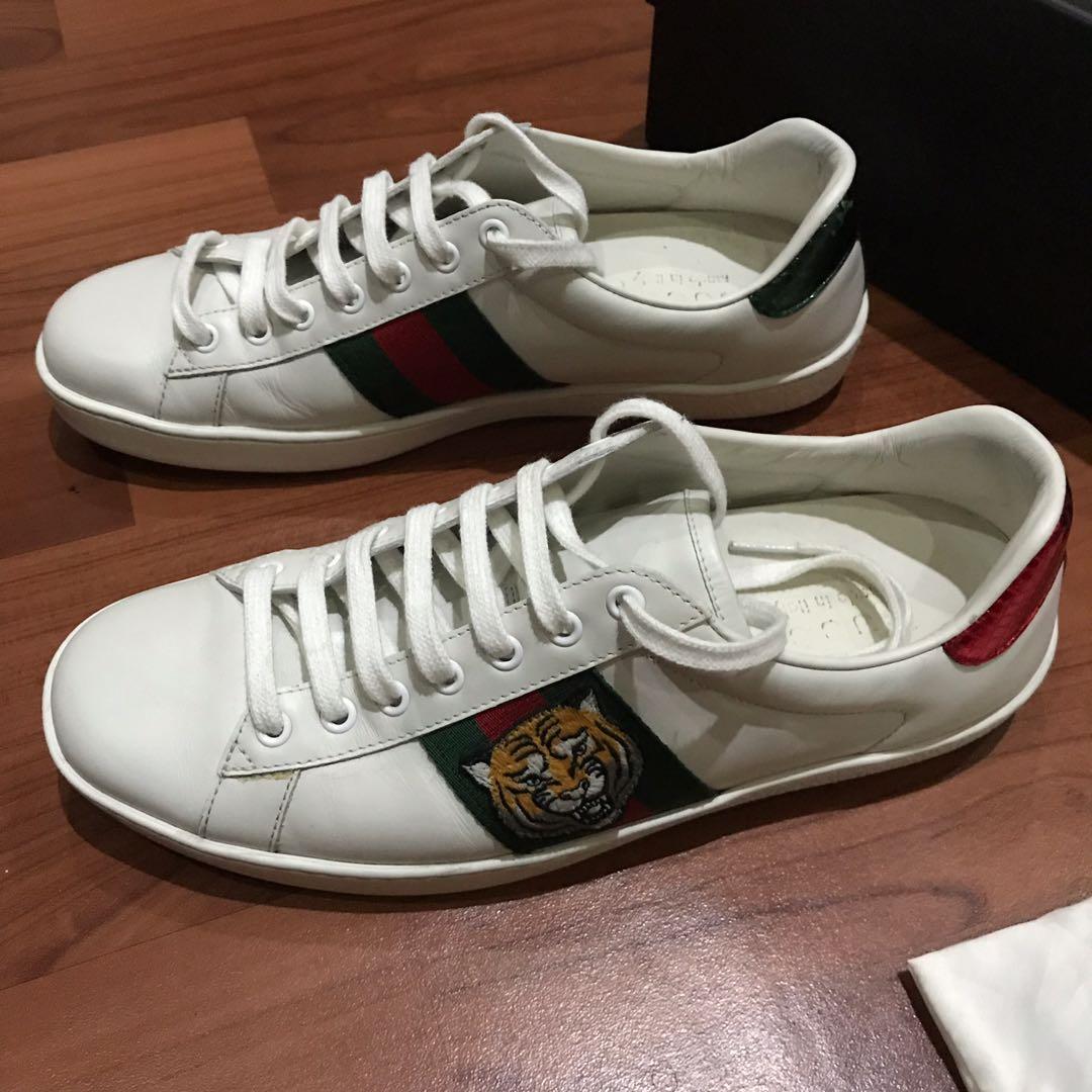 Gucci Sneakers ace tiger original. 90% condition. Moneyback guarantee. Sz 42