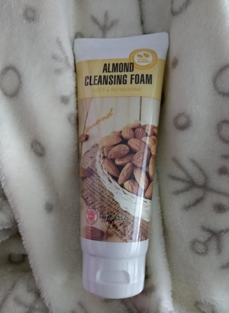 Miniso Cleansing Foam 洗面膏
