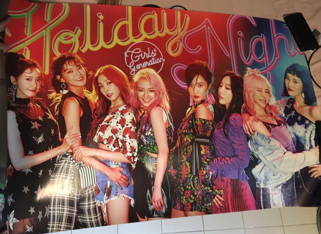 Poster Girls' Generation - Holiday Version