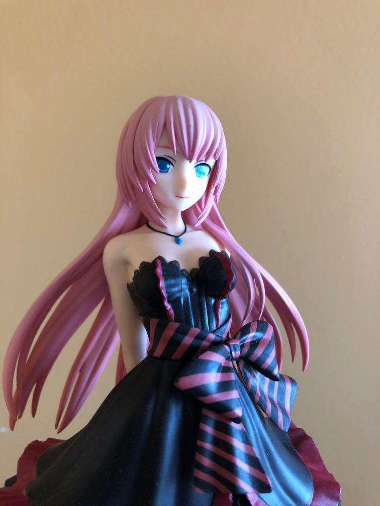 "Sega Project Diva Arcade Future Tone Megurine Luka Super Premium Action Figure Amour, 8.6"""
