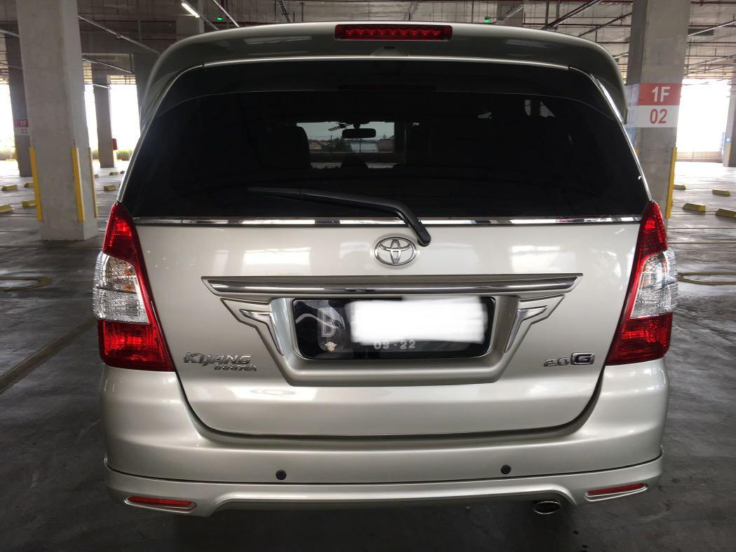 Toyota Kijang Innova Type G Luxury 2.0 Silver Manual Tahun 2012