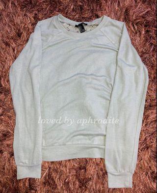 Sweater Branded FOREVER21
