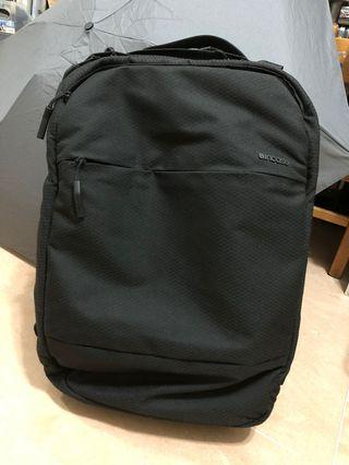 Incase City Backpack 90% new
