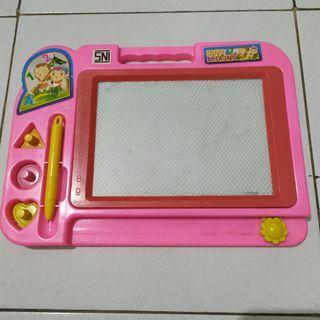 Mainan Anak Magnetic Drawing Board