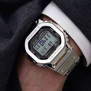 100% Authentic New Casio G-Shock Silver full metal bracelet GMW-B5000D-1 Watch full set. Made in Japan